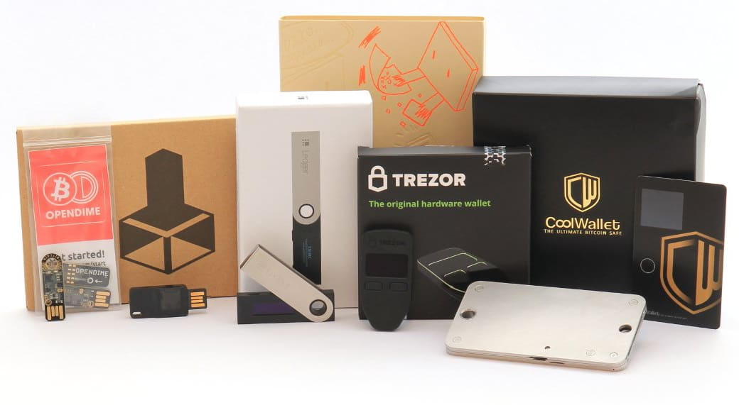 How do hardware wallets work? TREZOR vs Ledger