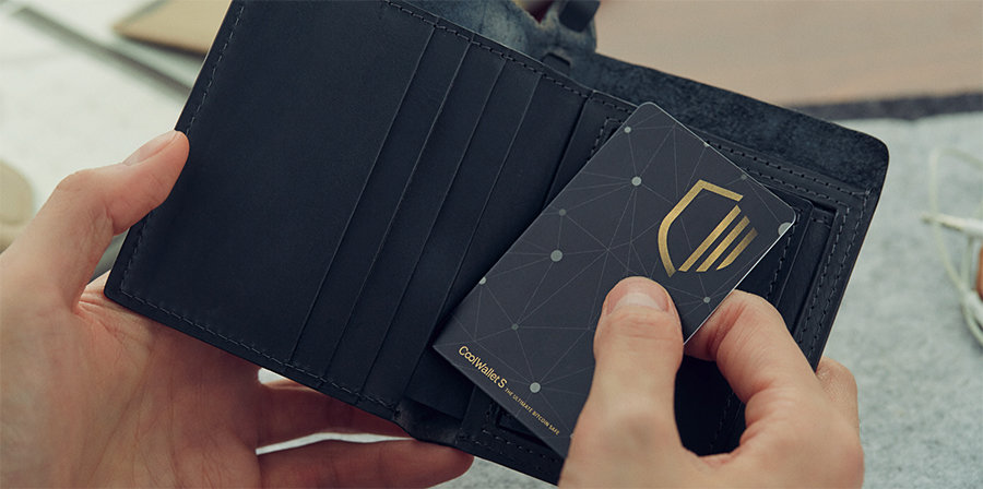 Credit Card like Cryptocurrency Hardware Wallet‎ - CoolWallet S